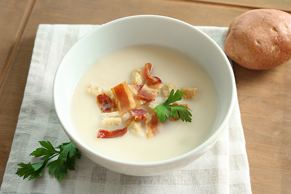 Bacon & Potato Soup.  It's easy, yummy & easy on the budget!  (Low FODMAP)